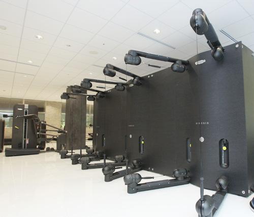 メディカルフィットネスMediTAS ZeloFitのフィットネス機器